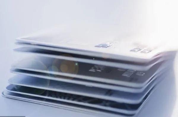 闲置的信用卡太多?这3大问题千万别忽略!