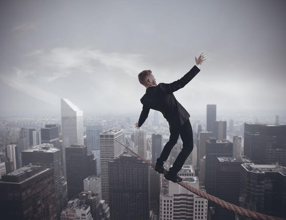 """银监会现任主席重磅消息发音:关心新式""""大而不可以倒""""风险性!"""