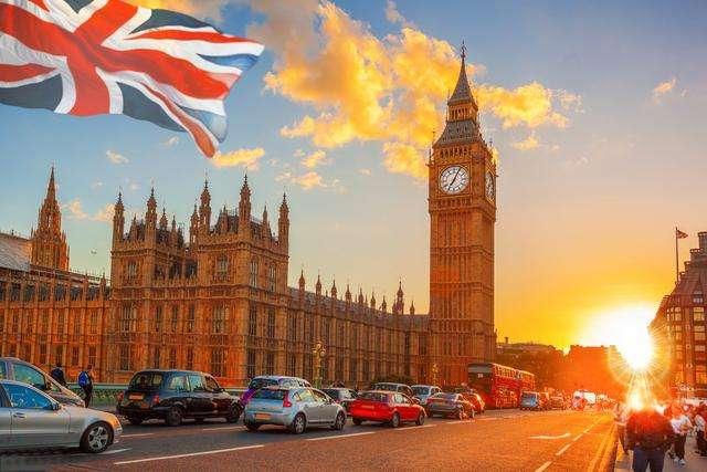英国留学如何缴纳申请费?